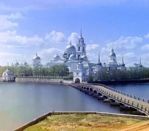 Mosteiro Nilov na Ilha Stolobnyi do Lago Seliger, 1910.